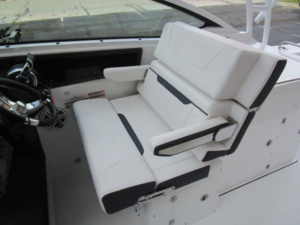 2021 Blackfin boat for sale, model of the boat is 272 DC & Image # 27 of 57