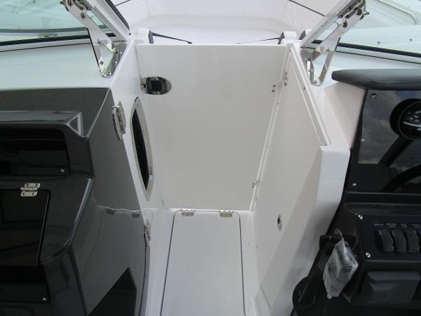 2021 Blackfin boat for sale, model of the boat is 272 DC & Image # 35 of 57