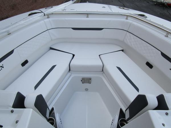 2021 Blackfin boat for sale, model of the boat is 272 DC & Image # 37 of 57
