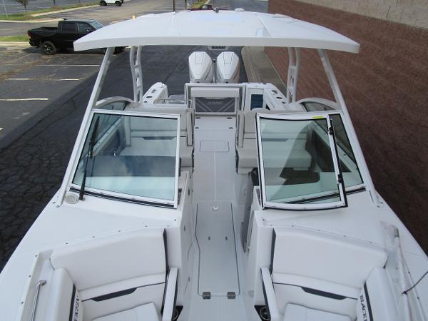 2021 Blackfin boat for sale, model of the boat is 272 DC & Image # 45 of 57