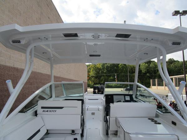 2021 Blackfin boat for sale, model of the boat is 272 DC & Image # 50 of 57