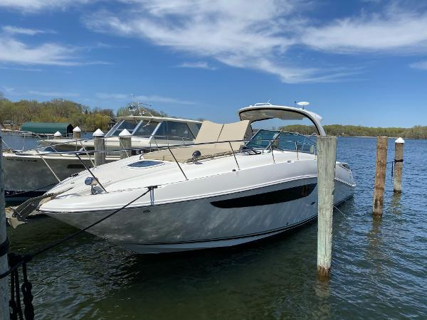 2014 SEA RAY 370 Sundancer thumbnail