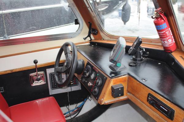 1976 Classic Craft 29 Patrol Launch