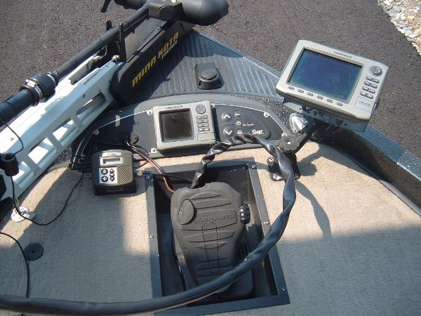 2010 Ranger Boats boat for sale, model of the boat is Z520 Comanche & Image # 9 of 12