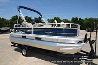 2021 Sun Tracker boat for sale, model of the boat is Bass Buggy 16 XL & Image # 10 of 47