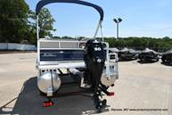 2021 Sun Tracker boat for sale, model of the boat is Bass Buggy 16 XL & Image # 18 of 47