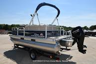 2021 Sun Tracker boat for sale, model of the boat is Bass Buggy 16 XL & Image # 19 of 47