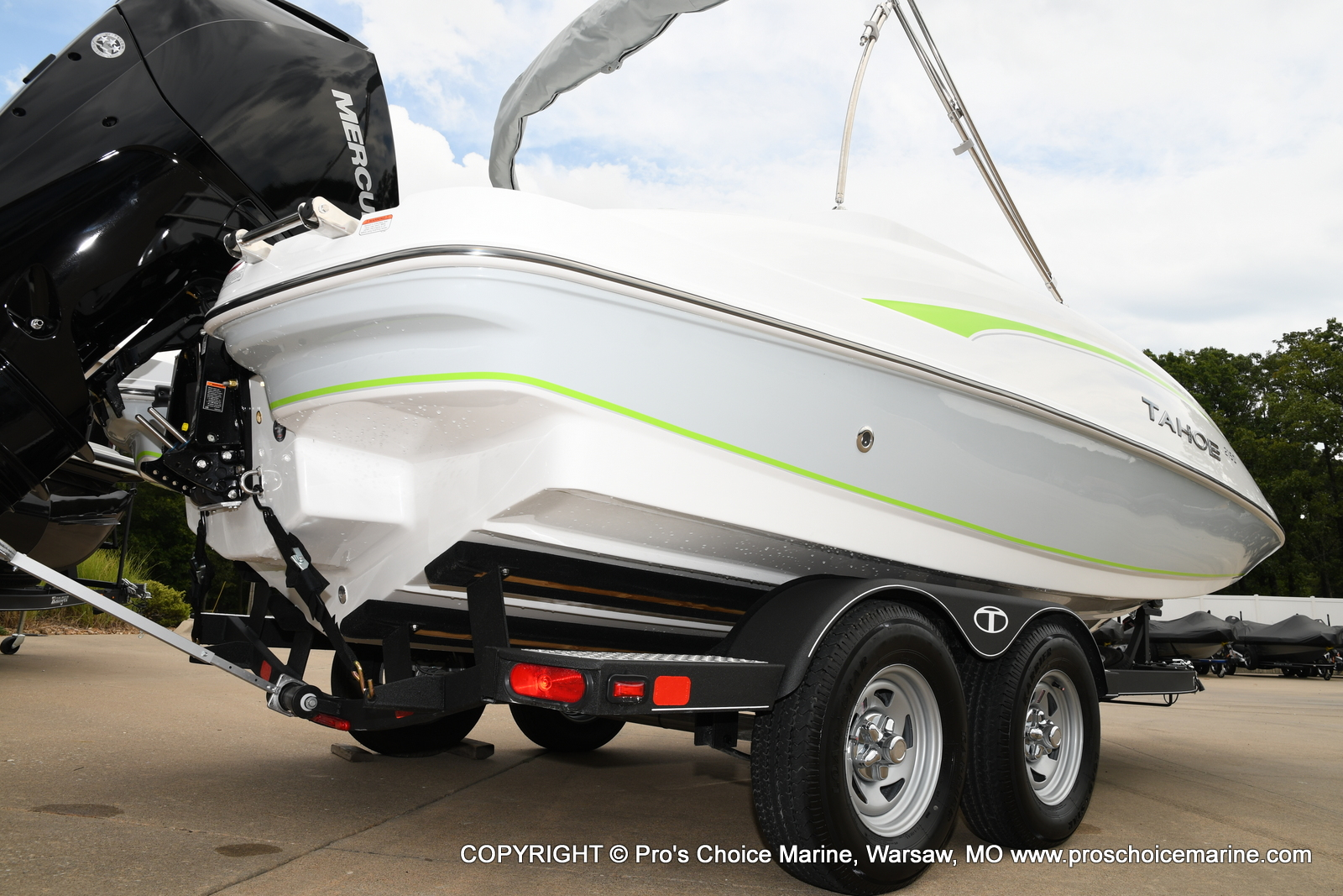 2021 Tahoe boat for sale, model of the boat is 2150 & Image # 13 of 50