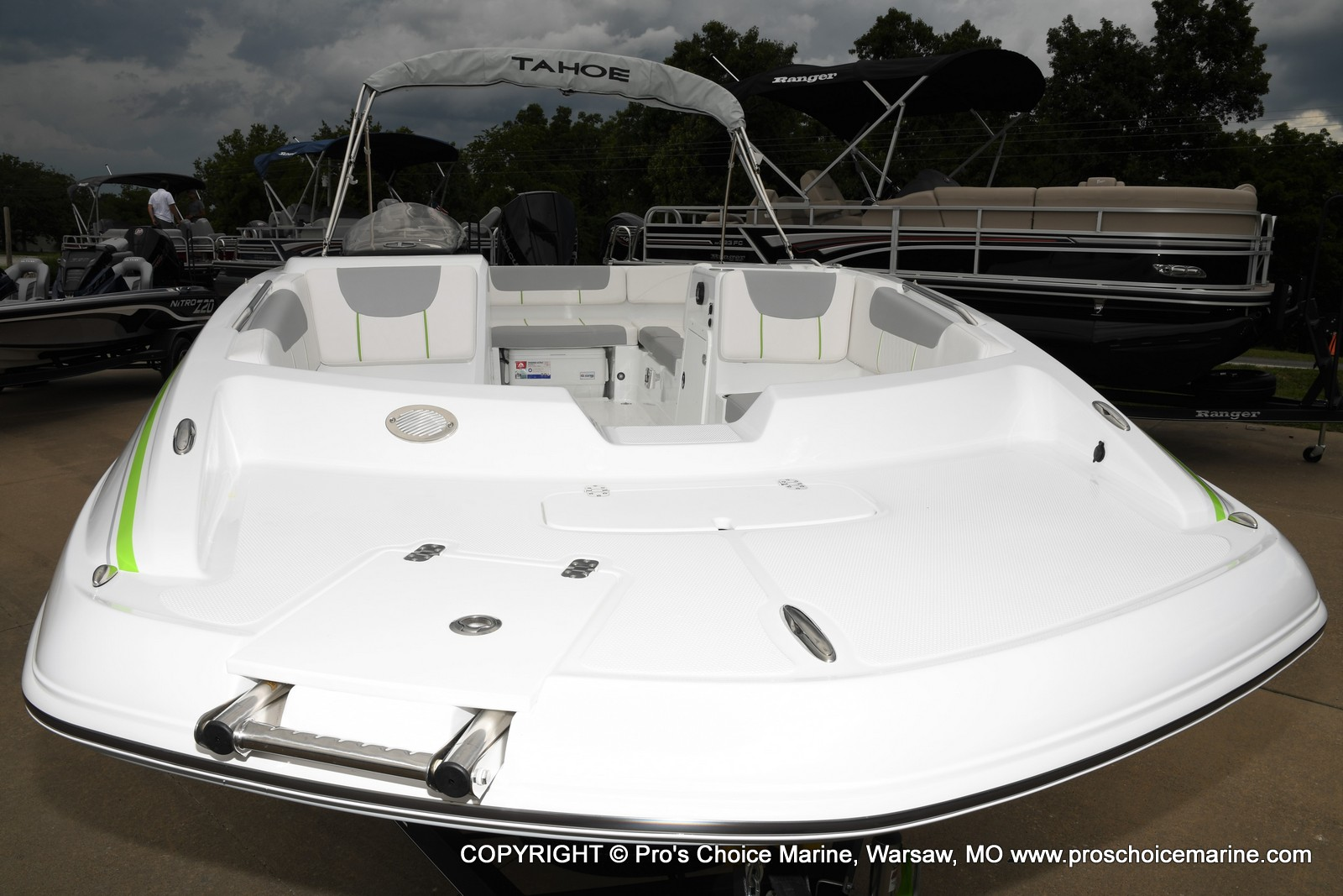 2021 Tahoe boat for sale, model of the boat is 2150 & Image # 17 of 50