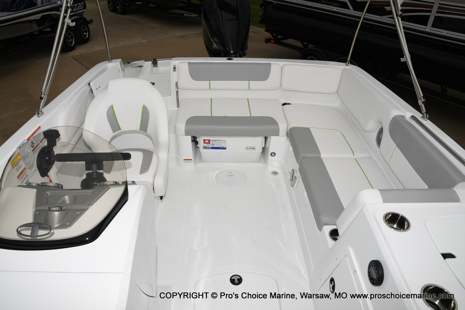2021 Tahoe boat for sale, model of the boat is 2150 & Image # 21 of 50