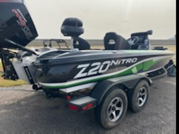 2021 Nitro boat for sale, model of the boat is Z20 & Image # 2 of 6