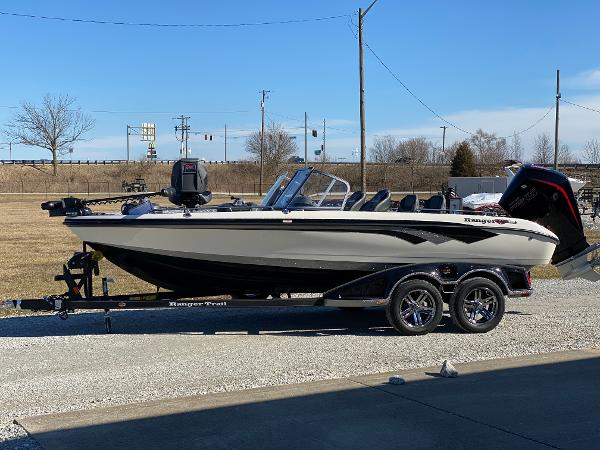 2021 Ranger Boats boat for sale, model of the boat is 620FS Ranger Cup Equipped & Image # 2 of 3