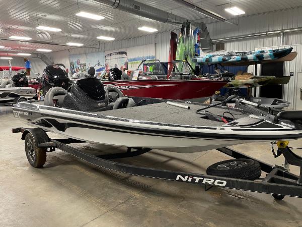 2021 Nitro boat for sale, model of the boat is Z17 & Image # 1 of 16