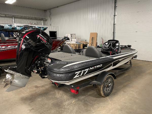 2021 Nitro boat for sale, model of the boat is Z17 & Image # 2 of 16