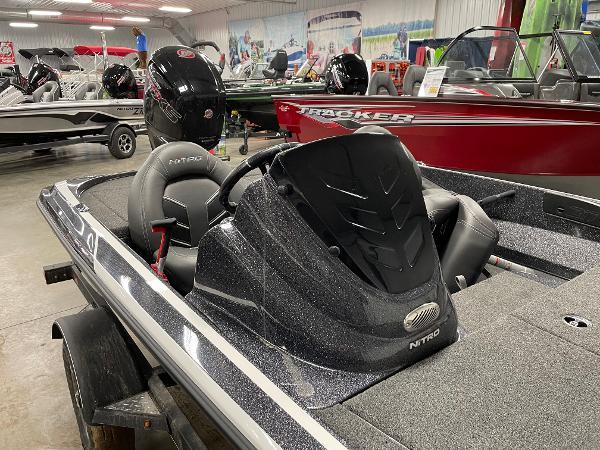 2021 Nitro boat for sale, model of the boat is Z17 & Image # 4 of 16