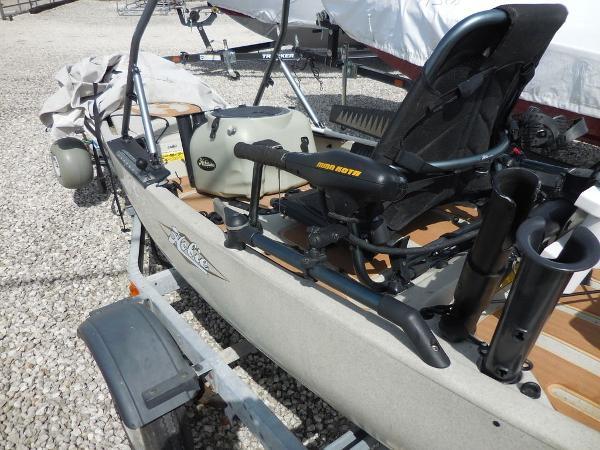 2013 Hobie Cat boat for sale, model of the boat is 14 PRO ANGLER & Image # 2 of 5