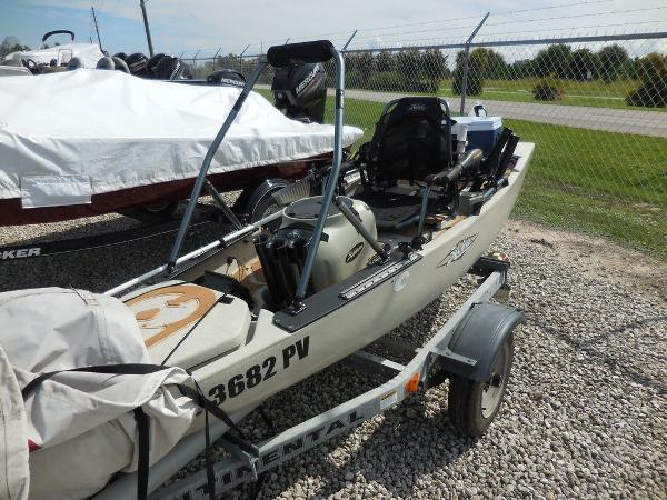2013 Hobie Cat boat for sale, model of the boat is 14 PRO ANGLER & Image # 1 of 5