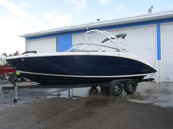 2021 Yamaha boat for sale, model of the boat is 252S & Image # 1 of 43