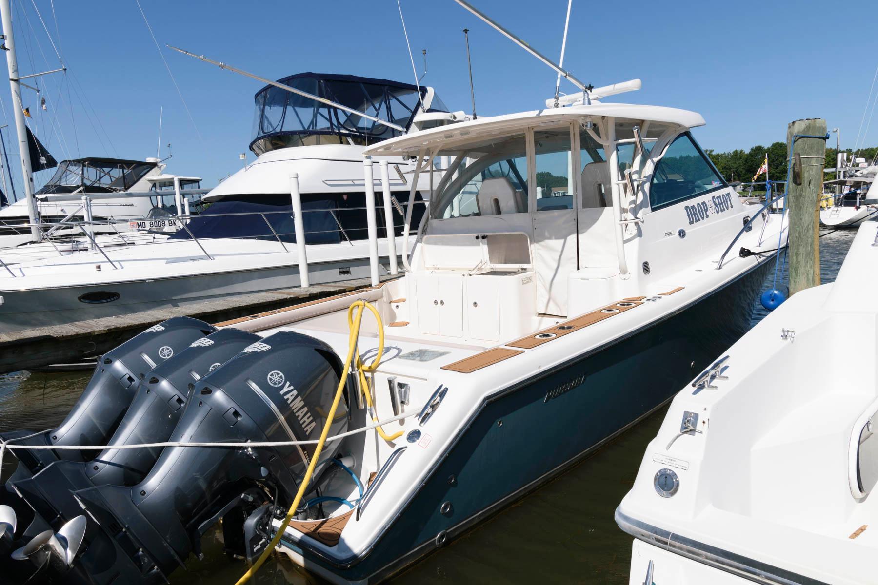 M 6449 WT Knot 10 Yacht Sales
