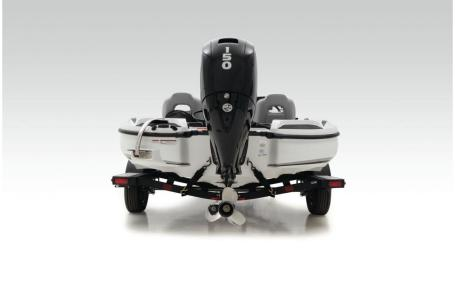 2021 Nitro boat for sale, model of the boat is Z18 W/150L PXS4 & Image # 40 of 41