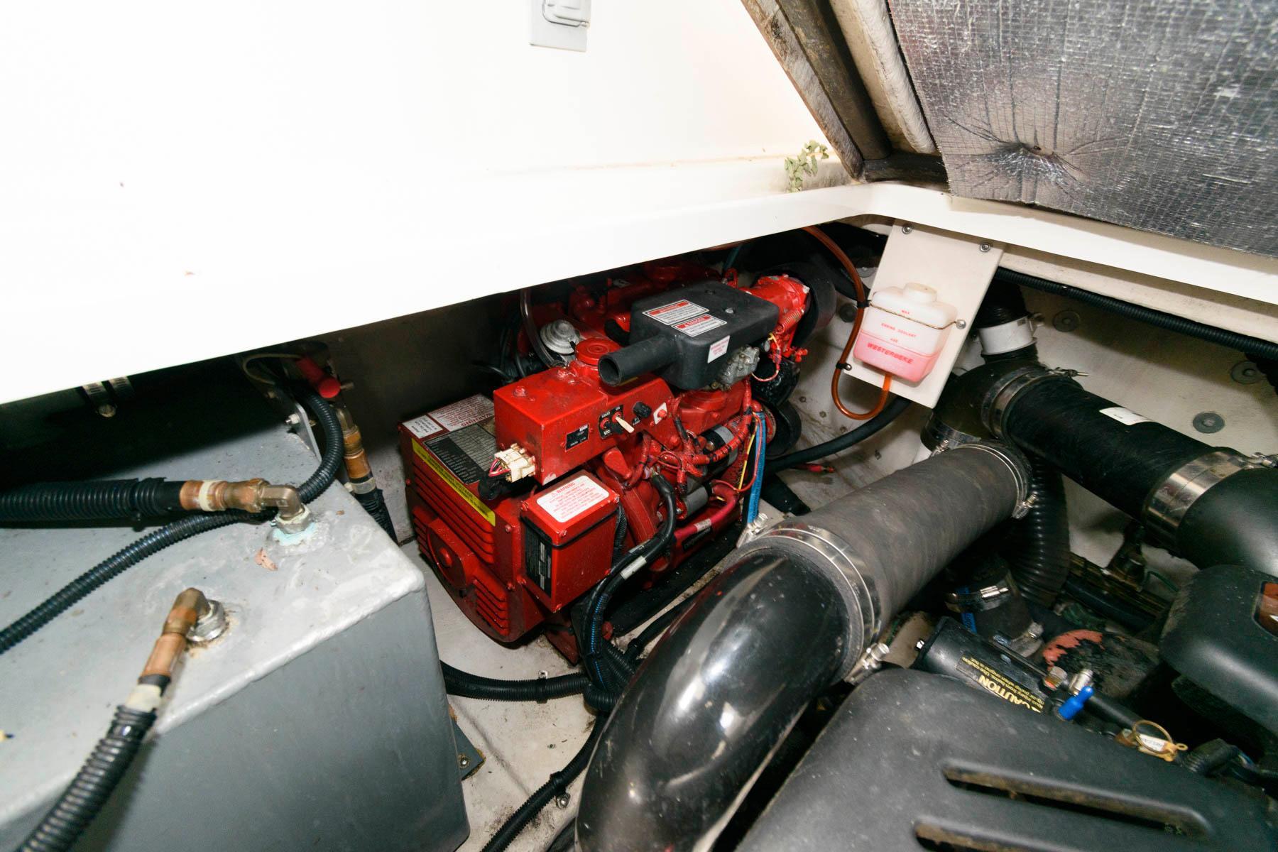 D 6294 EF Knot 10 Yacht Sales