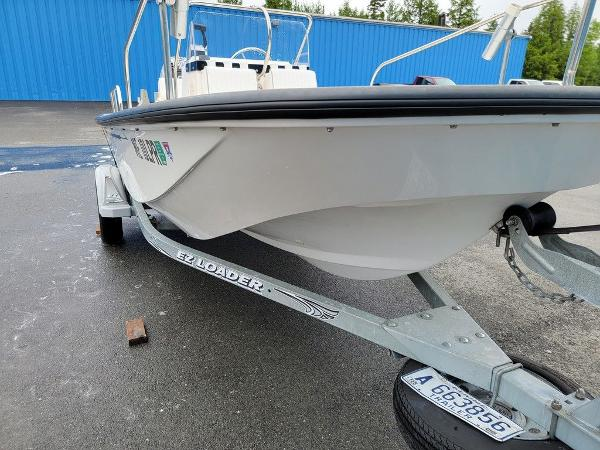 2002 Boston Whaler boat for sale, model of the boat is 170 Montauk & Image # 4 of 7