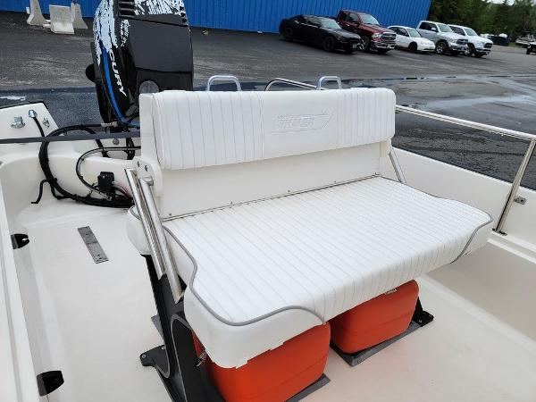 2002 Boston Whaler boat for sale, model of the boat is 170 Montauk & Image # 5 of 7