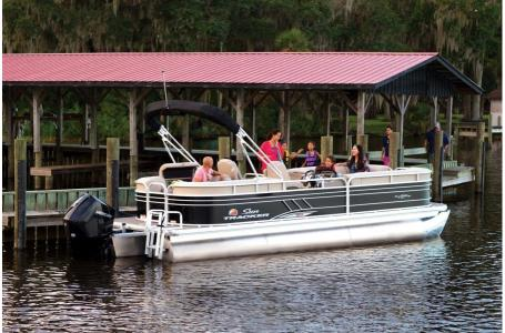 2020 Sun Tracker boat for sale, model of the boat is Signature Party Barge 24 XP3 w/150L 4S & Image # 2 of 3
