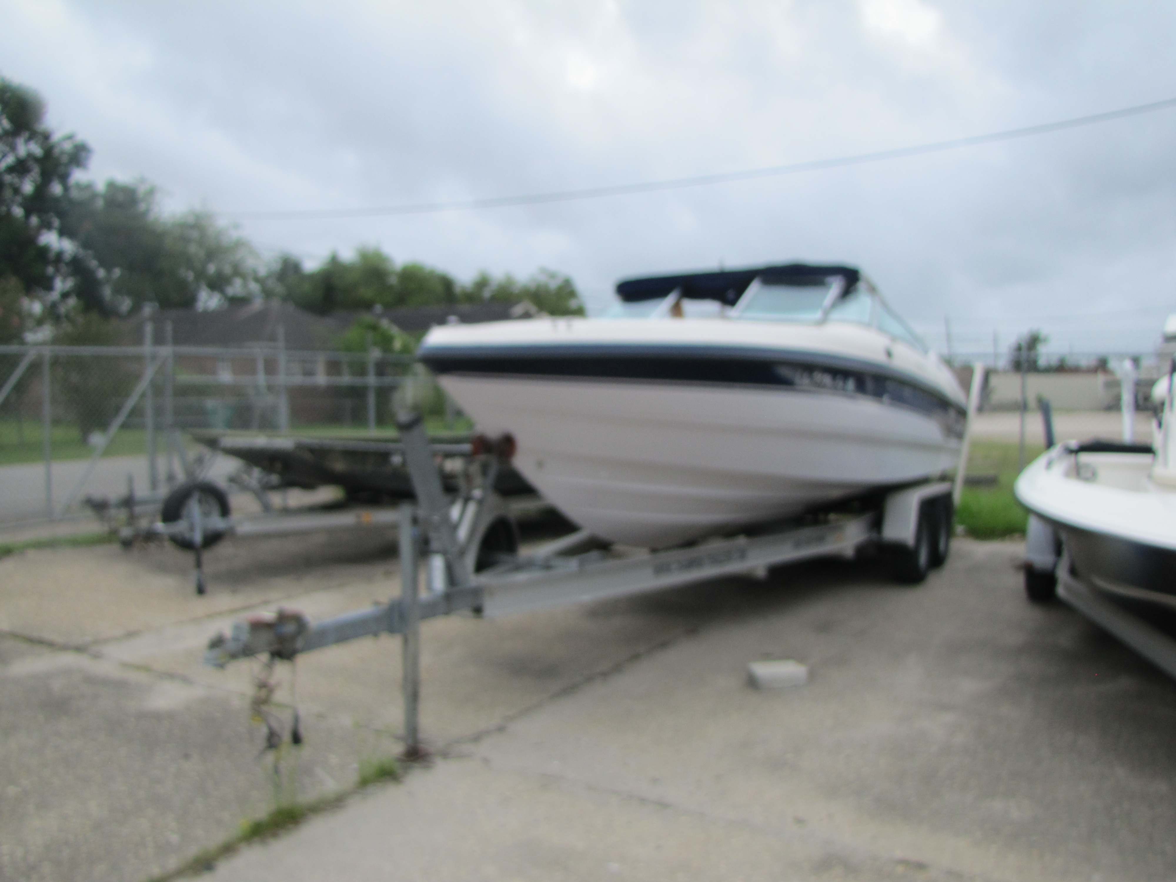1996 Chaparral boat for sale, model of the boat is 2330 & Image # 1 of 14