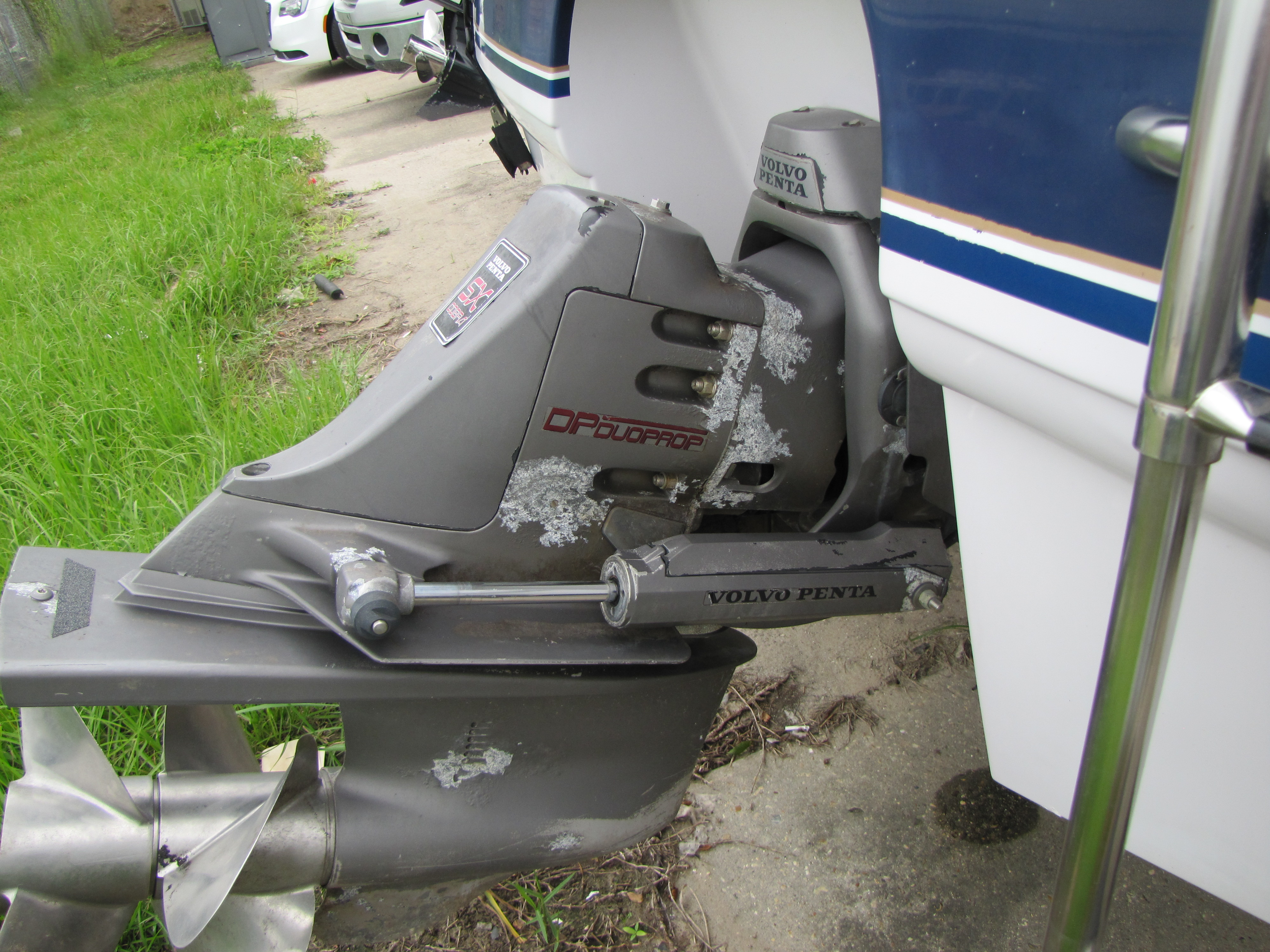 1996 Chaparral boat for sale, model of the boat is 2330 & Image # 5 of 14