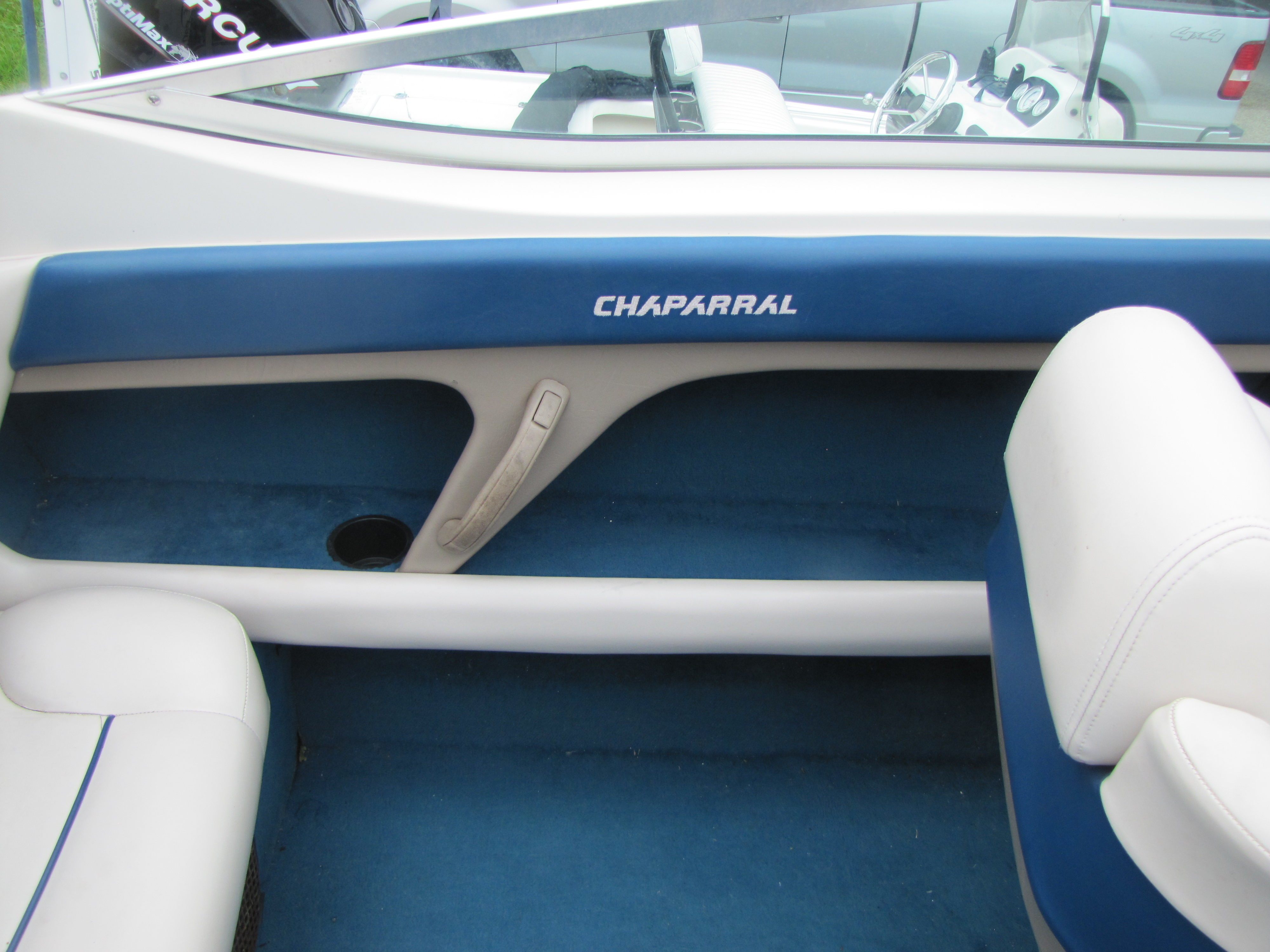 1996 Chaparral boat for sale, model of the boat is 2330 & Image # 12 of 14