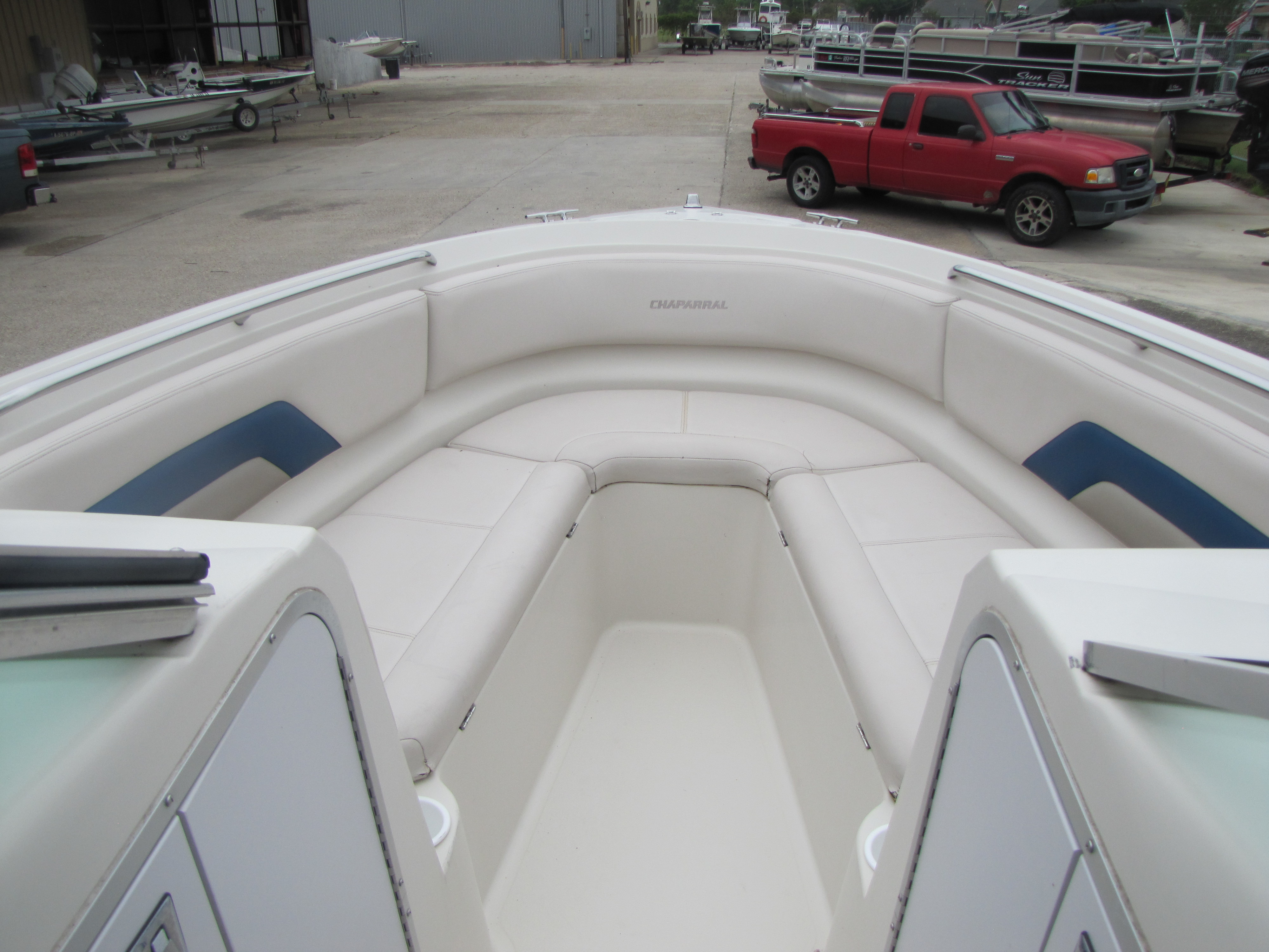 1996 Chaparral boat for sale, model of the boat is 2330 & Image # 13 of 14