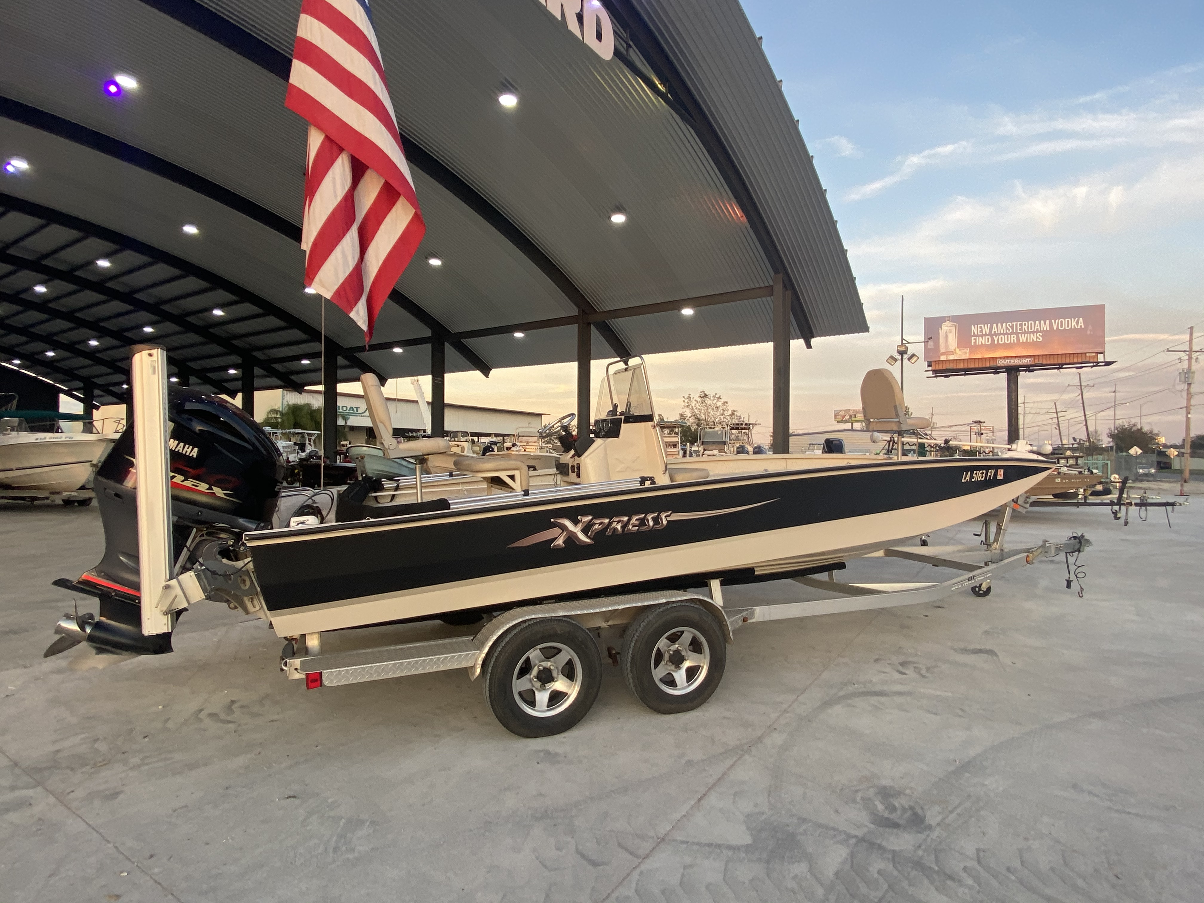 2012 Xpress boat for sale, model of the boat is H24B & Image # 10 of 17