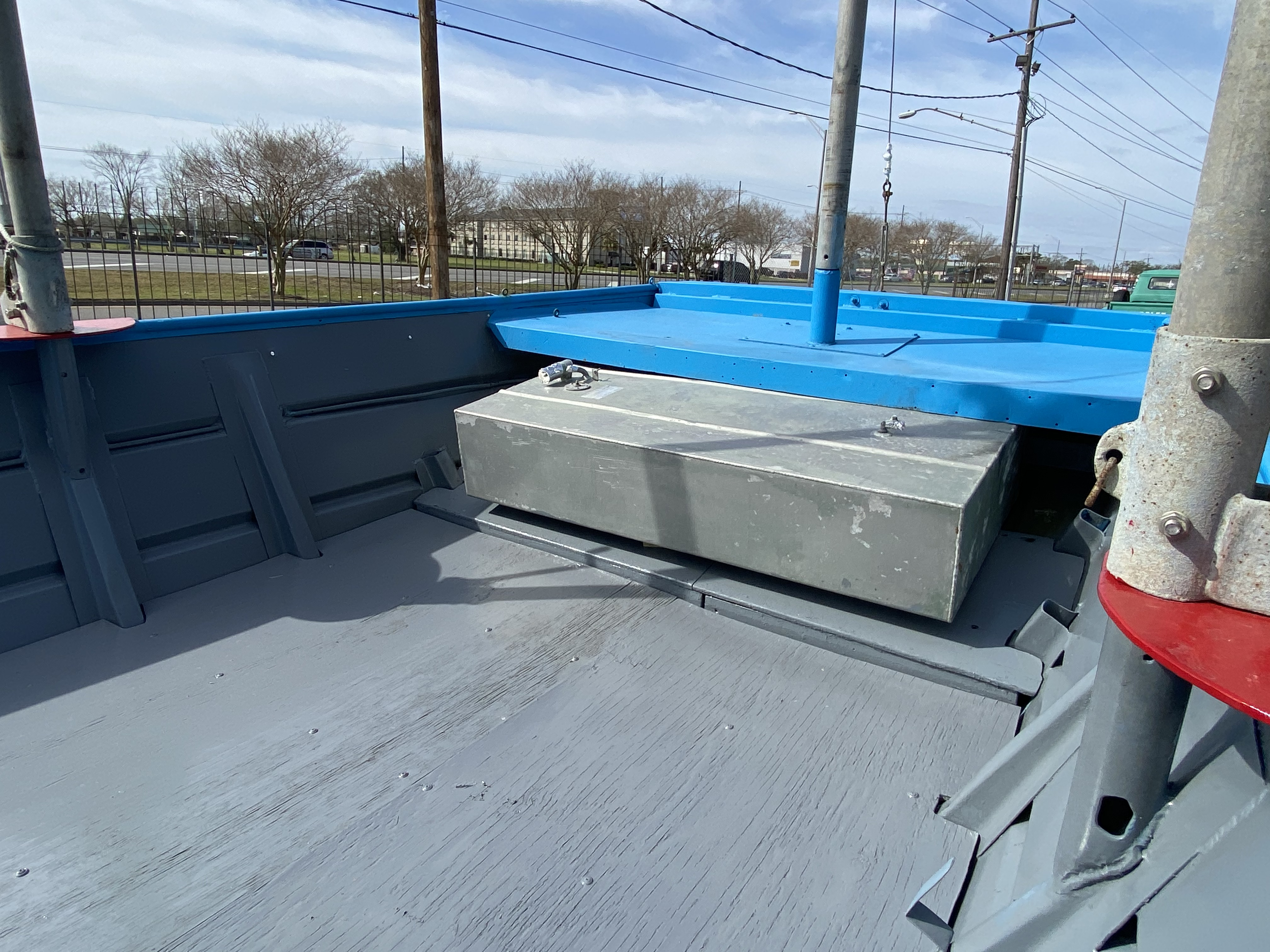 1978 Aluminum boat for sale, model of the boat is 18 Shrimp & Image # 9 of 12