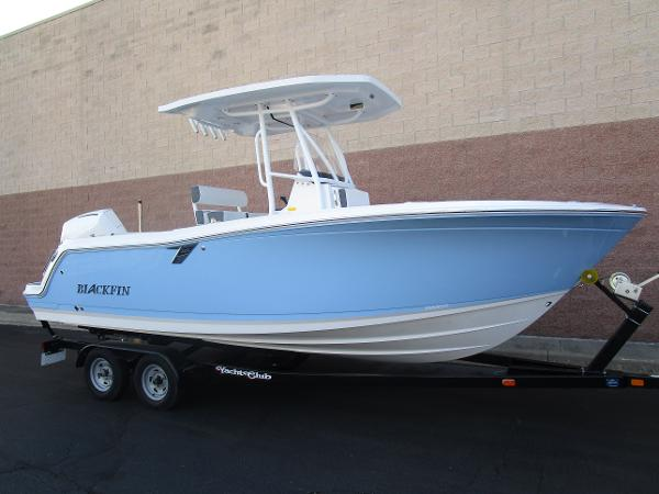 2021 Blackfin boat for sale, model of the boat is 222CC & Image # 2 of 40