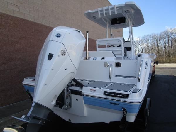2021 Blackfin boat for sale, model of the boat is 222CC & Image # 5 of 40