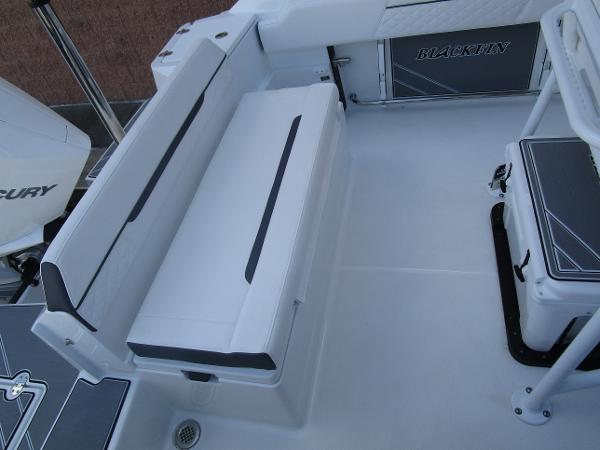 2021 Blackfin boat for sale, model of the boat is 222CC & Image # 10 of 40