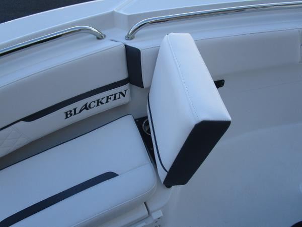 2021 Blackfin boat for sale, model of the boat is 222CC & Image # 28 of 40
