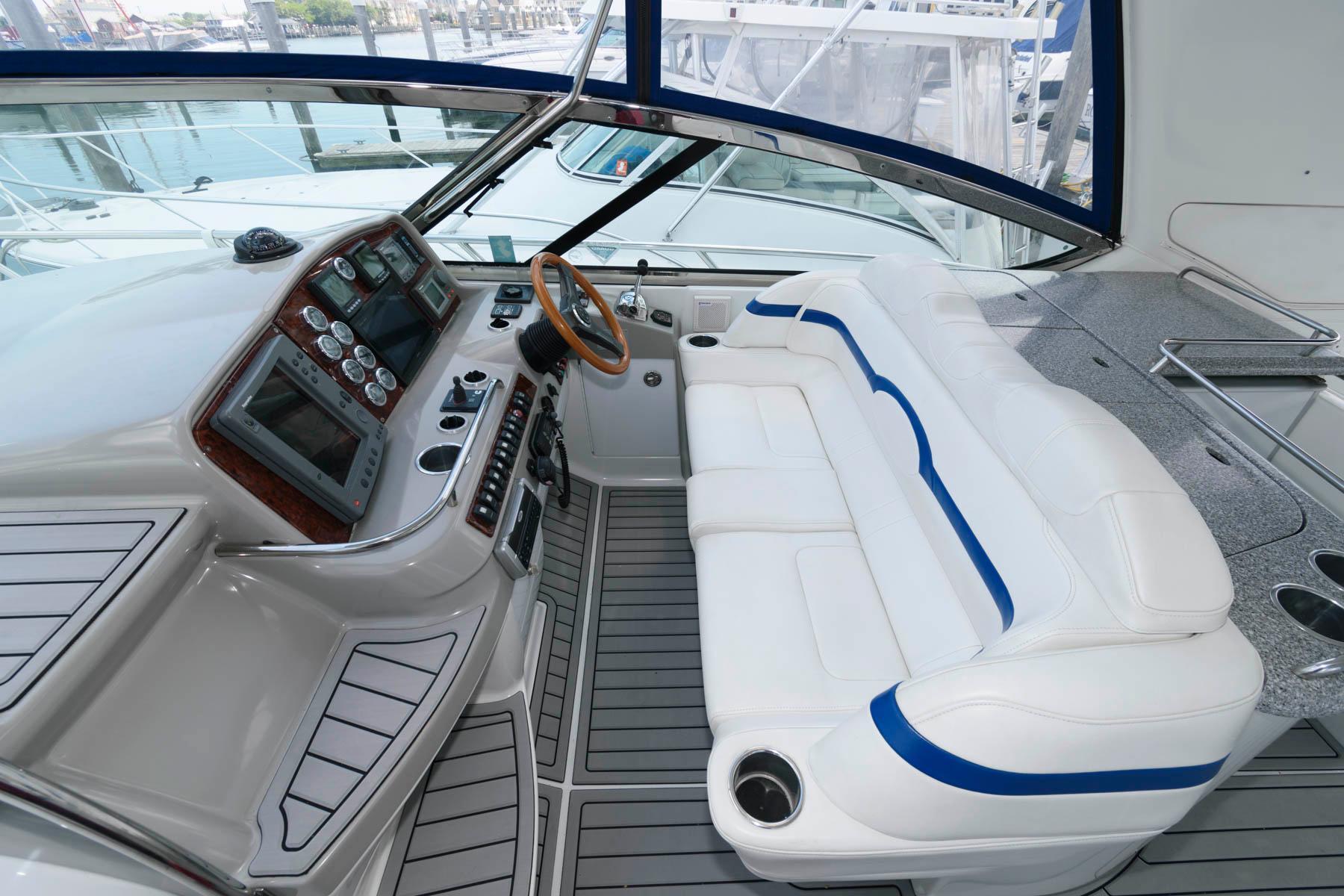 NJ 6183 KG Knot 10 Yacht Sales