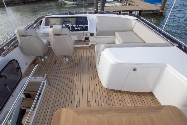 Princess Motor Yacht Sales - Used Princess S62