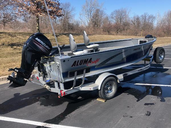 2015 Alumacraft boat for sale, model of the boat is Competitor 175 LE & Image # 2 of 9