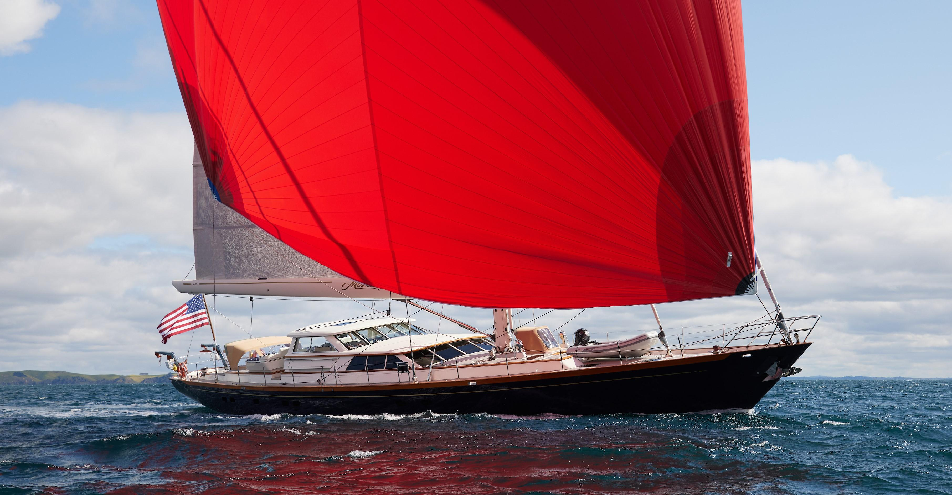 108' Alloy Yachts 2004