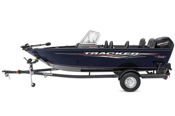2022 Tracker Boats boat for sale, model of the boat is Pro Guide™ V-175 Combo & Image # 2 of 37
