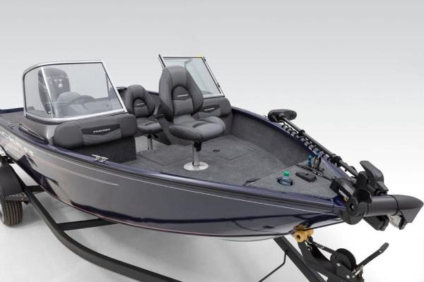 2022 Tracker Boats boat for sale, model of the boat is Pro Guide™ V-175 Combo & Image # 5 of 37