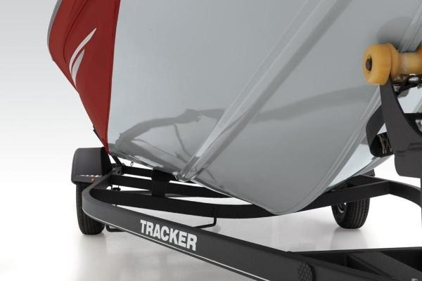 2022 Tracker Boats boat for sale, model of the boat is Pro Team 175 TXW® & Image # 10 of 28