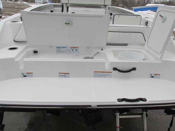 2021 Yamaha boat for sale, model of the boat is 195 FSH SPORT & Image # 9 of 35
