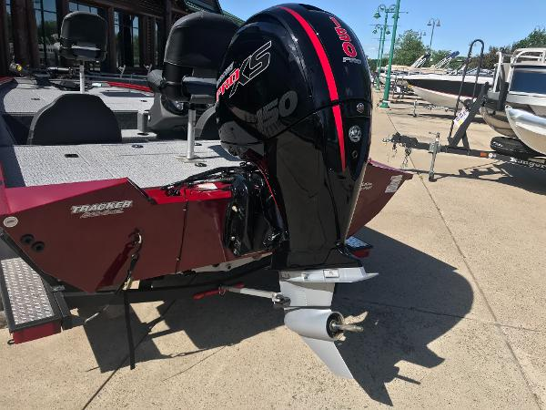 2020 Tracker Boats boat for sale, model of the boat is Pro Team 195 TXW & Image # 2 of 53