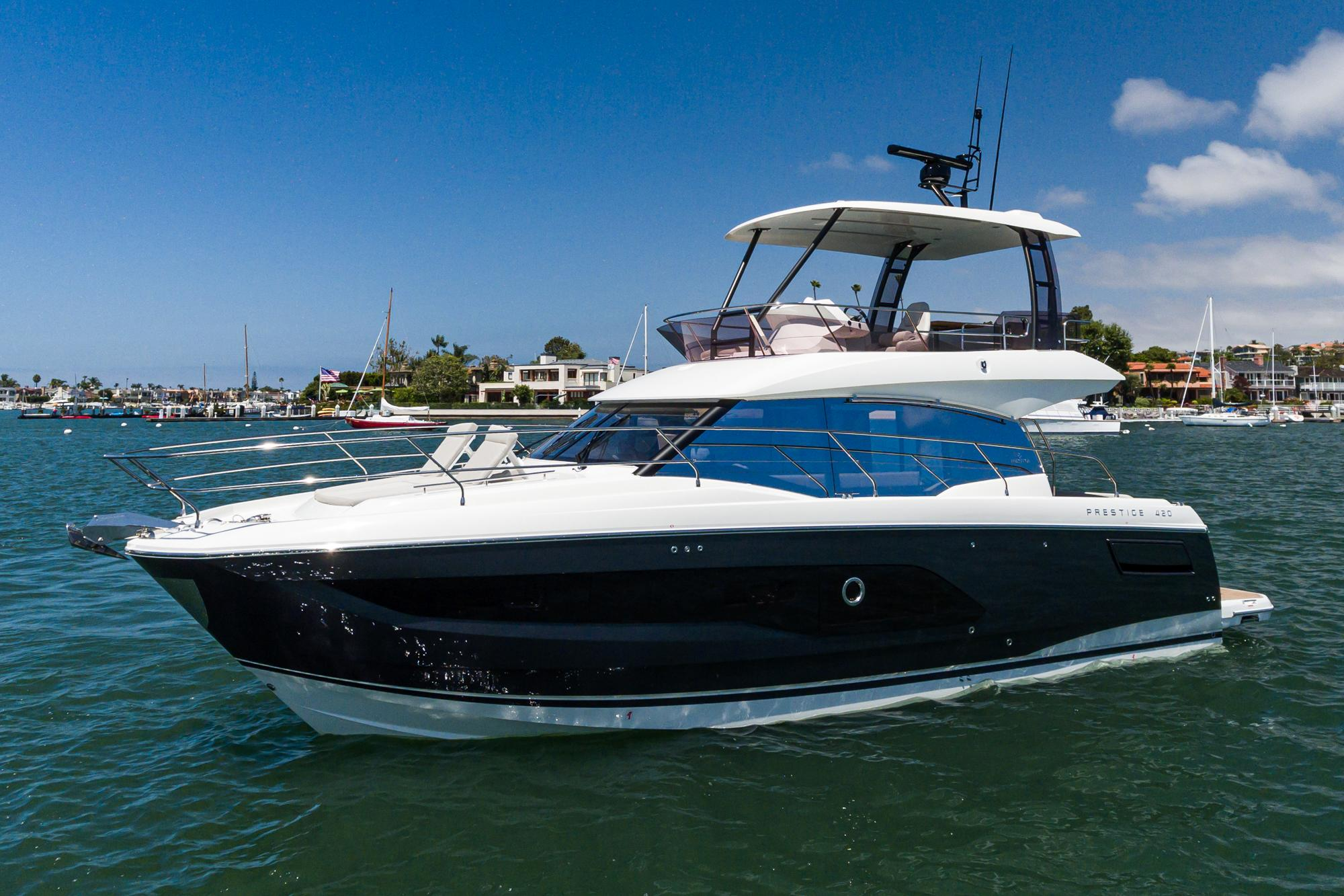 2021 Prestige 420 Fly #PR034F inventory image at Sun Country Coastal in San Diego