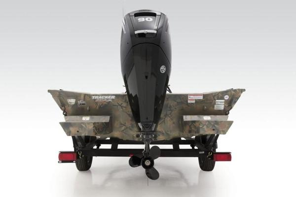 2020 Tracker Boats boat for sale, model of the boat is GRIZZLY® 1860 CC & Image # 3 of 18
