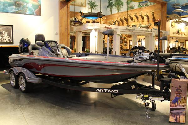 2020 Nitro boat for sale, model of the boat is Z20 & Image # 5 of 58
